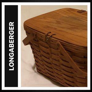 Longaberger Large Picnic Basket & Riser